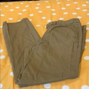 Men's old navy men's tan straight khaki pants.